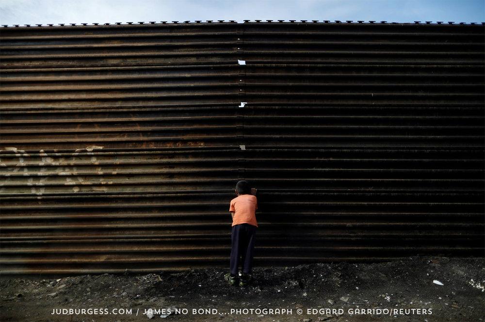 HuddledMasses © Edgard Garrido.jpg