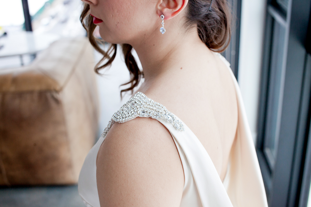 007_CarlyGaebe_SteadfastStudio_WeddingPhotography_NewYorkCity_Brooklyn_WytheHotel_Retro_Bride_Rhinestone_CapSleeveDress.jpg