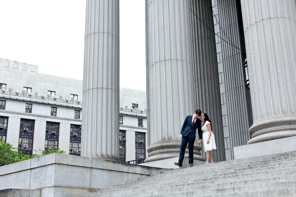 085_CarlyGaebe_SteadfastStudio_WeddingPhotography_NewYorkCity_CityHall_Courthouse_Bride_Groom.jpg