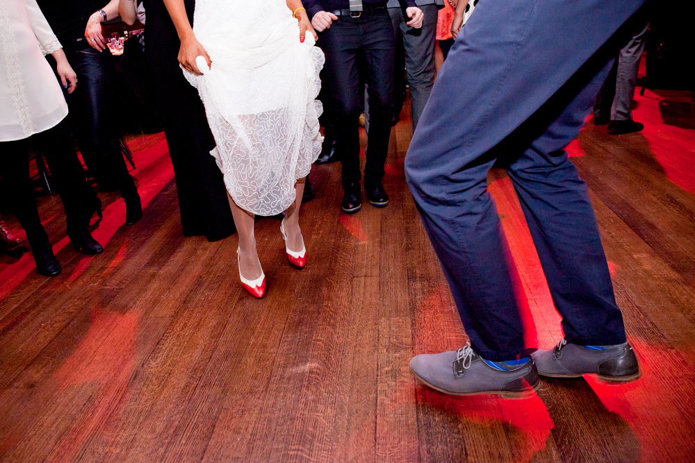 099_CarlyGaebe_SteadfastStudio_WeddingPhotography_NewYorkCity_Queens_FlushingTownHall_Smithsonian_Bride_Groom_Dancing_Reception.jpg