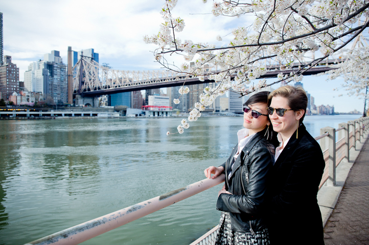 09_CarlyGaebe_SteadfastStudio_EngagementPhotography_Gay_Lesbian_Brooklyn_Colorful_RooseveltIsland_Cherryblossoms.jpg