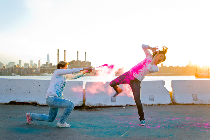 19_CarlyGaebe_SteadfastStudio_EngagementPhotography_Gay_Lesbian_Brooklyn_Colorful_HoliPowder_Smokebombs.jpg