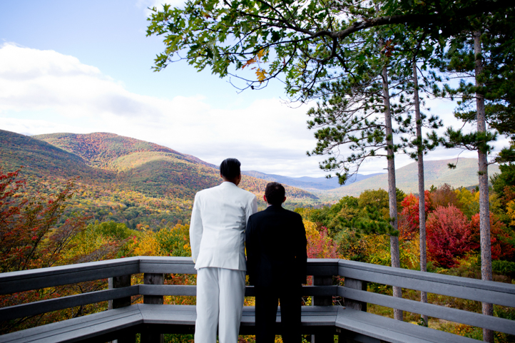 11_CarlyGaebe_SteadfastStudio_WeddingPhotography_Fall_Autumn_Foliage_UpstateNewYork_Gay_Interacial_OnteoraMountainHouse_HudsonValley_Grooms_Rustic.jpg