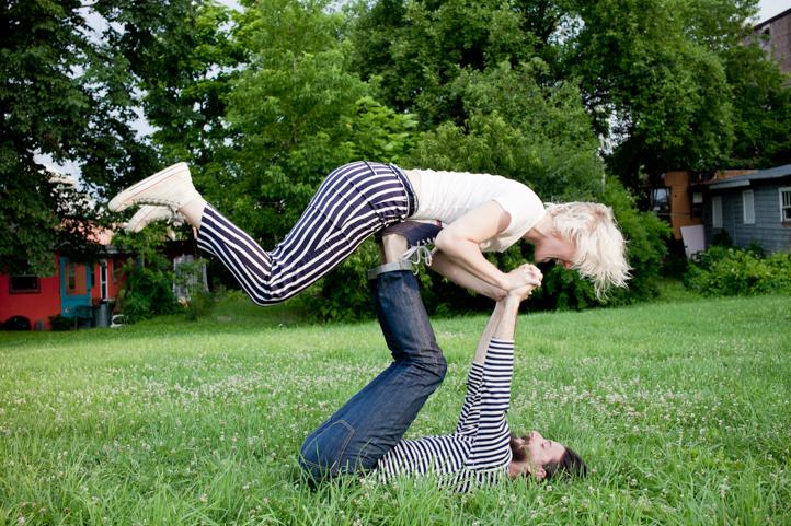 32_CarlyGaebe_SteadfastStudio_EngagementPhotography_Chic_Hudson_Upstate_NewYork.jpg