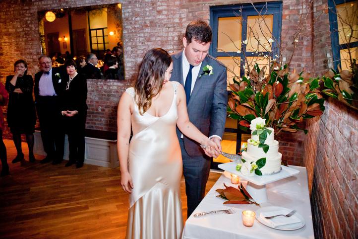 069_CarlyGaebe_SteadfastStudio_WeddingPhotography_NewYorkCity_Brooklyn_WytheHotel_Retro.jpg