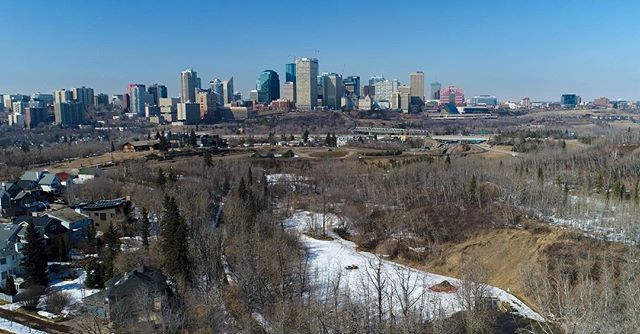Real Estate Videos along the River Valley with this spectacular view of Downtown