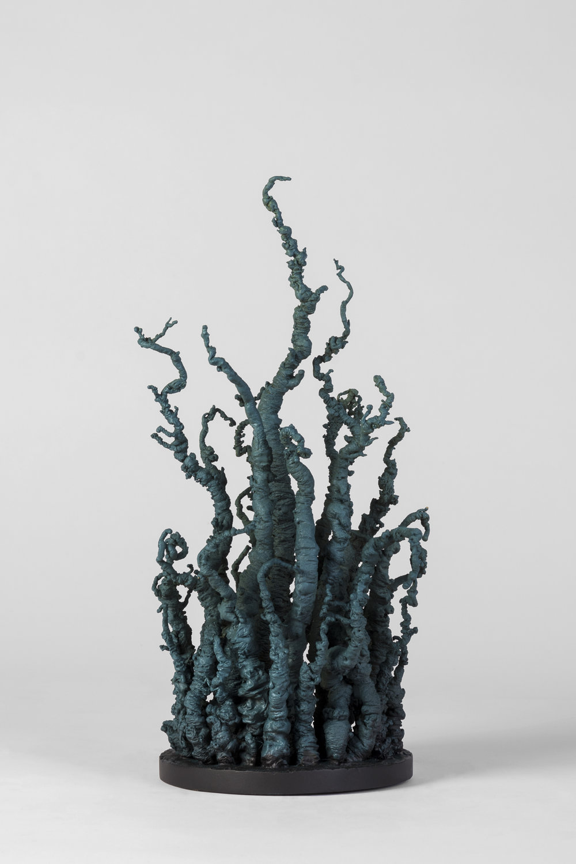 9.Origins(wildwood1)16cmx16x37alt)(latón policromado) 2017.jpg