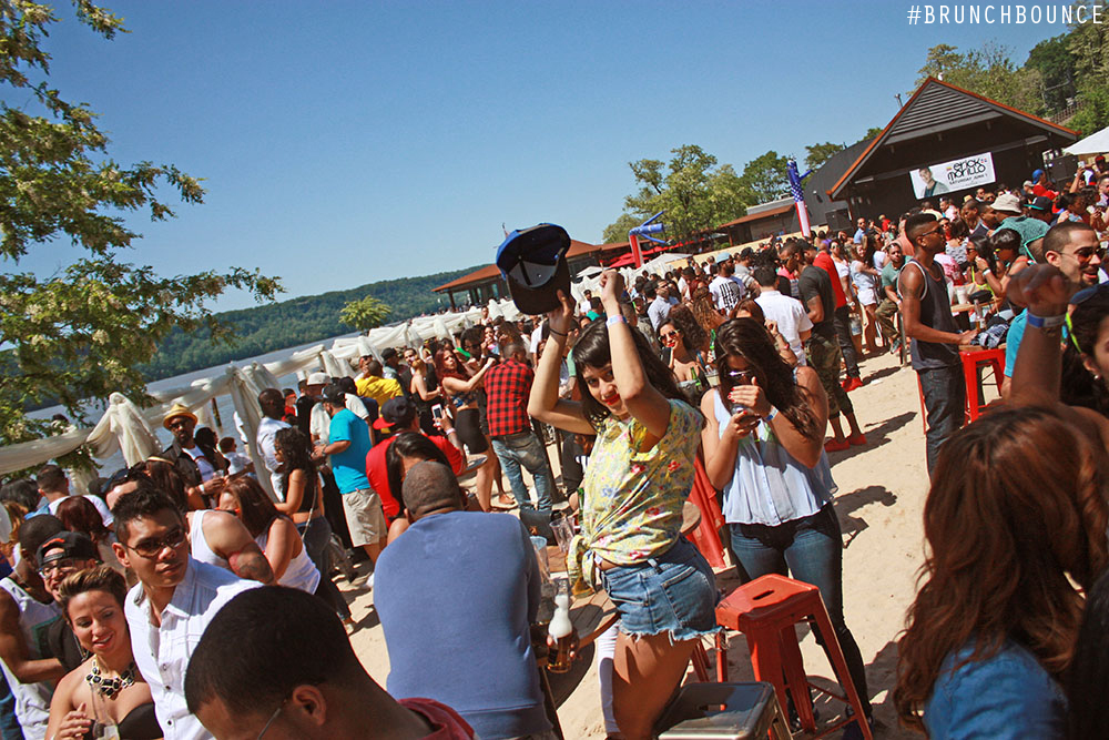 brunch-bounce-beach-party--la-marina-52713_8882304497_o.jpg