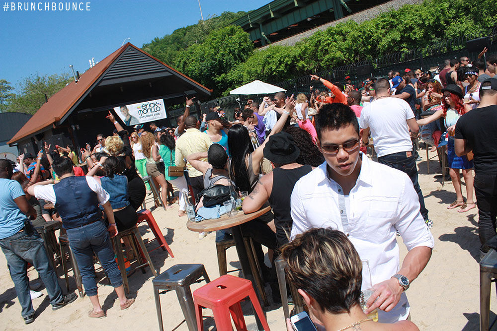 brunch-bounce-beach-party--la-marina-52713_8882922896_o.jpg