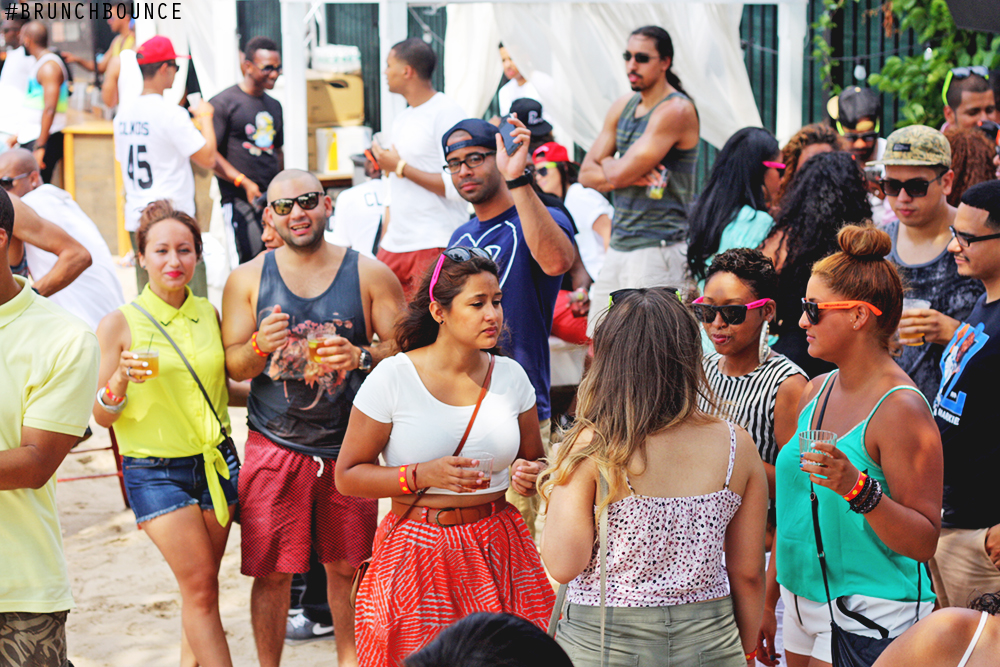 brunch-bounce-at-la-marina-72013_9490477912_o.png
