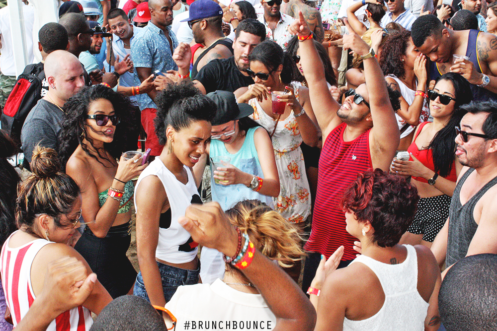 brunch-bounce-at-la-marina-72013_9487839371_o.png