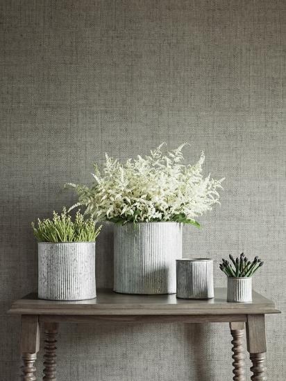 Bankun Raffia wallpaper (photo courtesy of Thibaut Design)