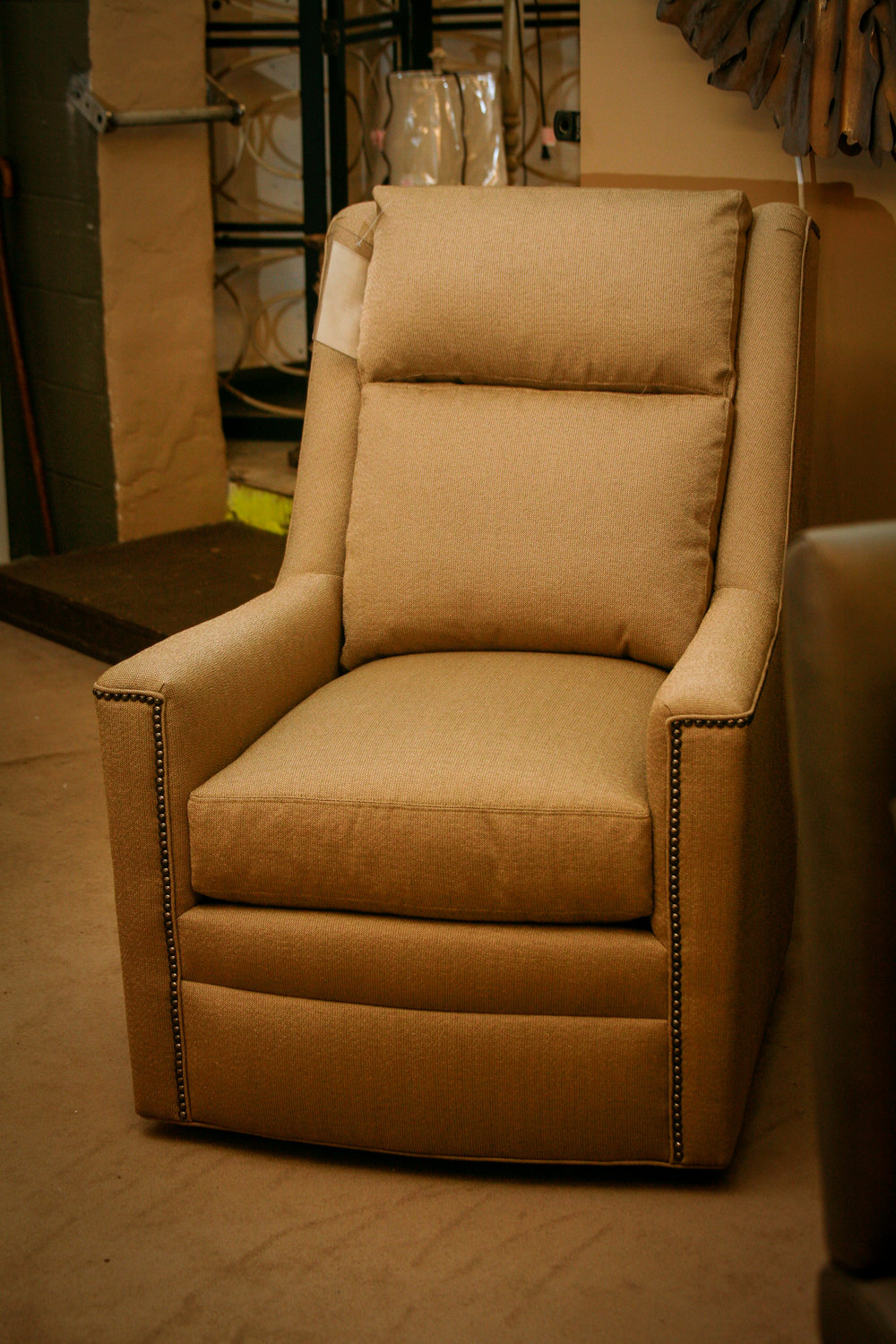 Huntington House Swivel Chair