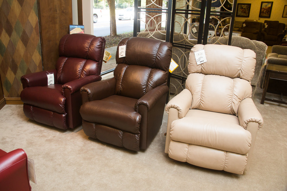 """Pinnacle"" Lazboy Chairs shown in ""harmony"" leather choices"