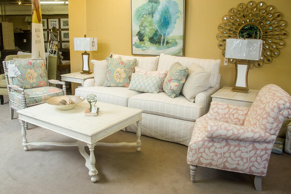 "Craftmaster  ""Paula Dean"" Living room"
