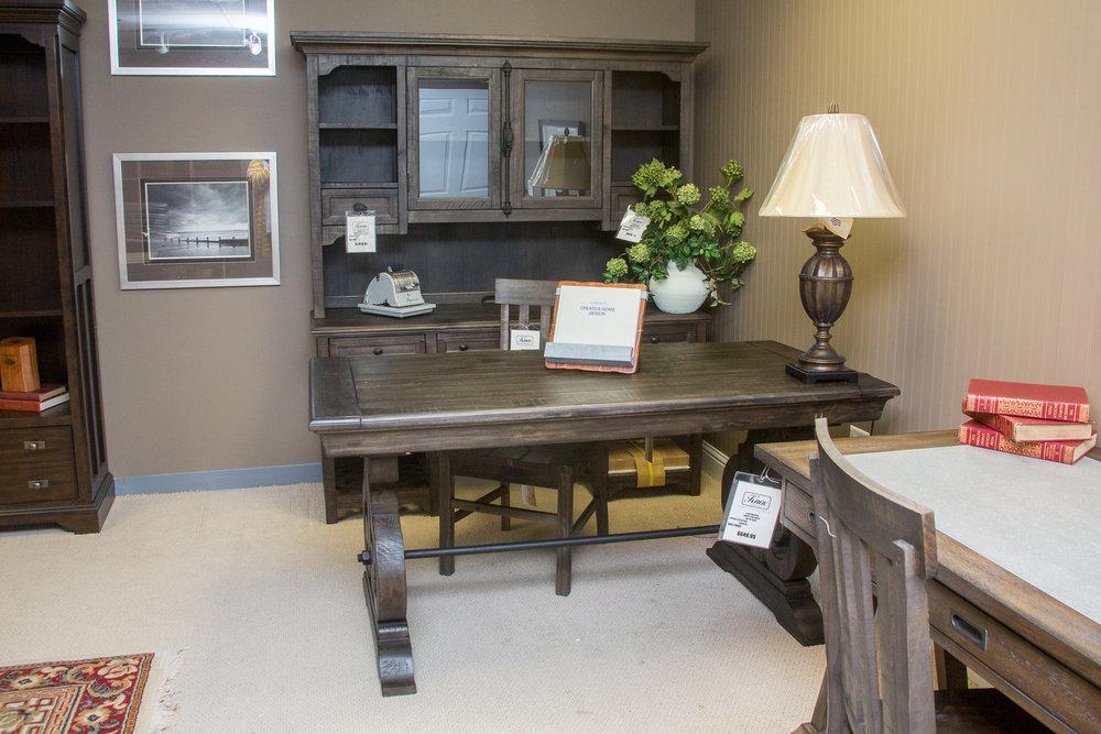 Magnussen Office Set