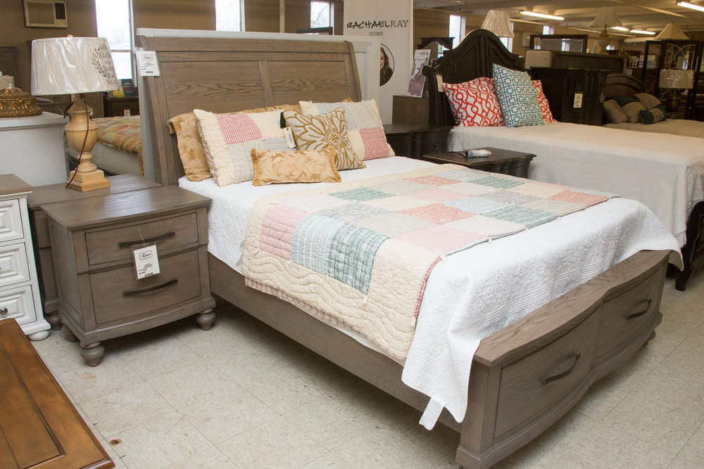 New Classic Bedroom - Bed and Night Stand