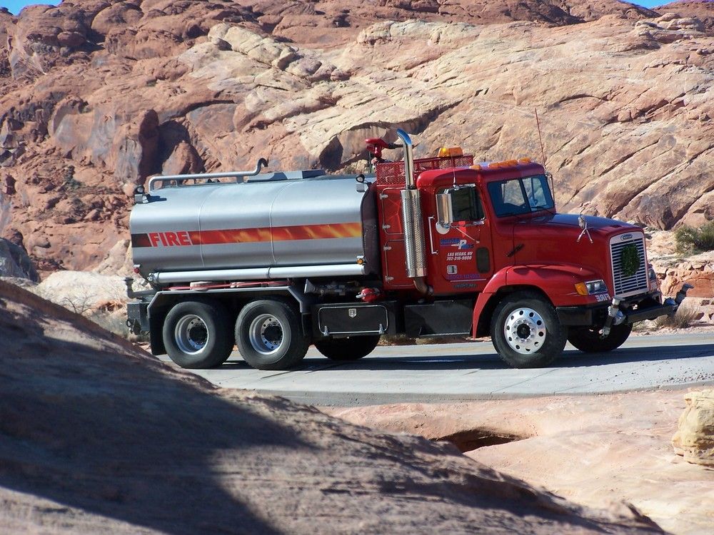red_valley_of_fire.jpg
