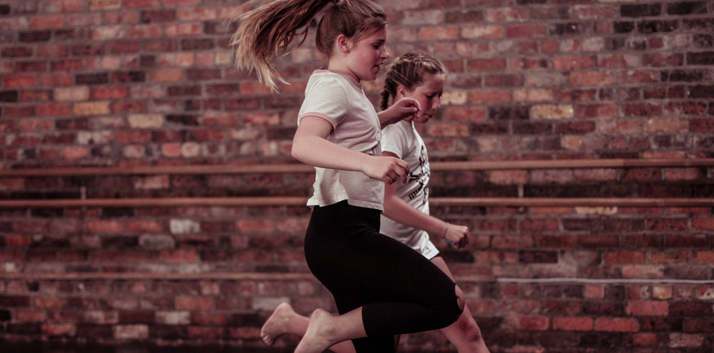 Primary Stompin Dance Classes - Stompin will be hosting its first block of contemporary dance classes for the year especially for upper primary school children from ages 10-13 years. The 10 week block of classes will develop the participants co-ordination, creative skills and basic contemporary technique, all in a fun, non-competitive and supportive environment.Stompin's Artistic Director Caitlin Comerford will guide the dancers through a warm up, some simple exercises including improvisation and technique skills. Stompin classes aim to engage young people to be curious, creative, active and healthy.