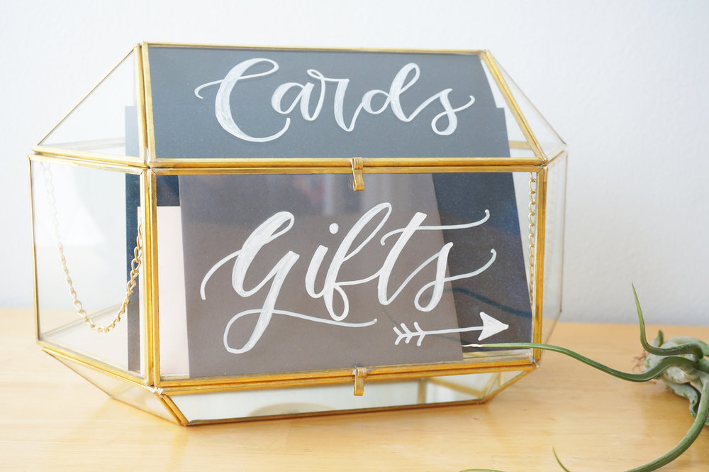 card_gifts_glass_box