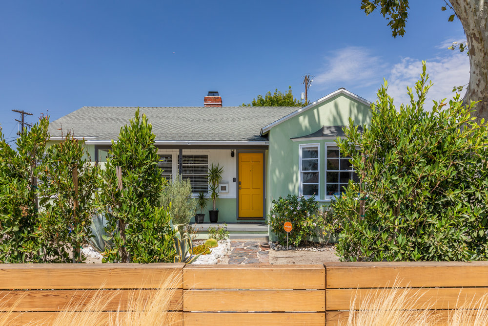 7851 Agnes | North hollywood