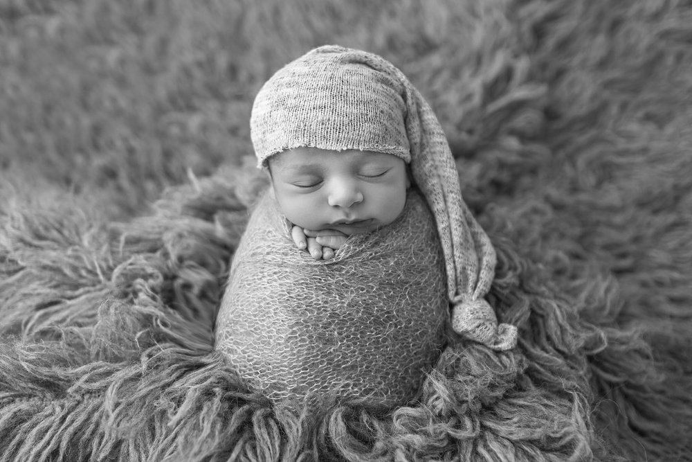 black and white newborn picture