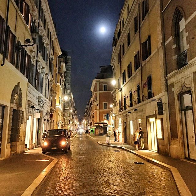 ⠀ Roaming these streets of Rome. That moon though.