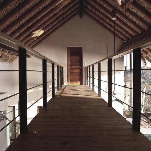 Architecture_Zihuatanejo_Andres_Saavedra_1.jpg