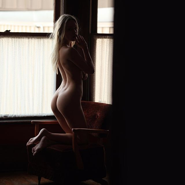 #ughclothes @missbellarouge #naturallight #vancouver #shadows
