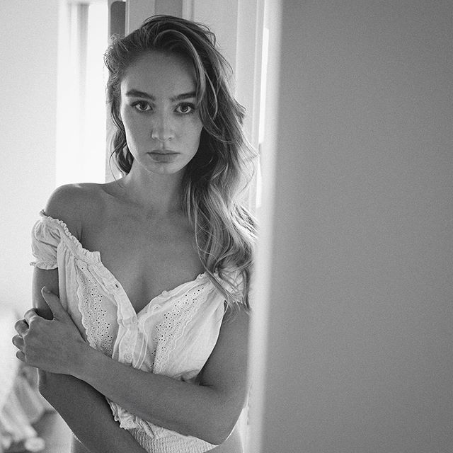 #morning #beauty #portrait #blackandwhite @lexy_loulou #oopsclothes