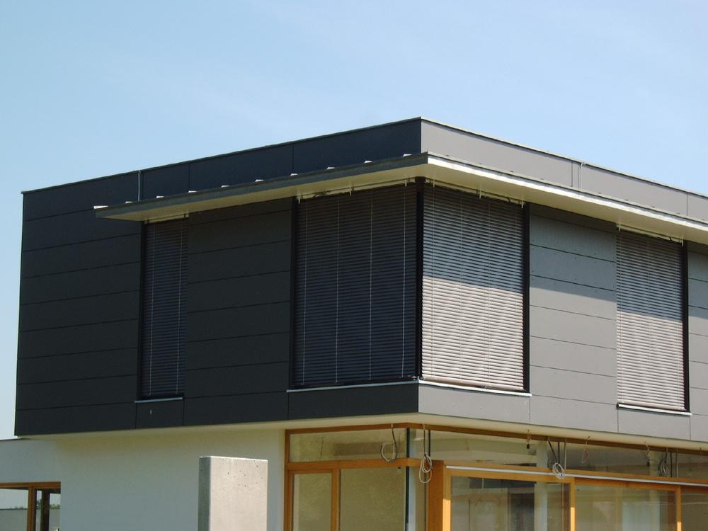 House_dark blinds.jpg