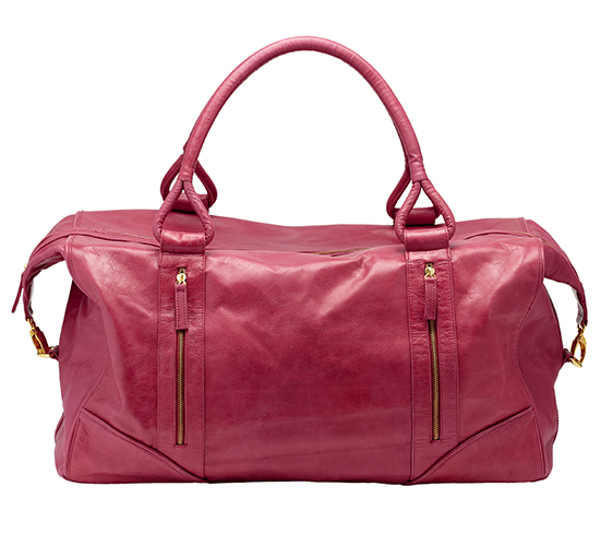 500 Ruben Overnight bag Raspberry front hi res.jpg