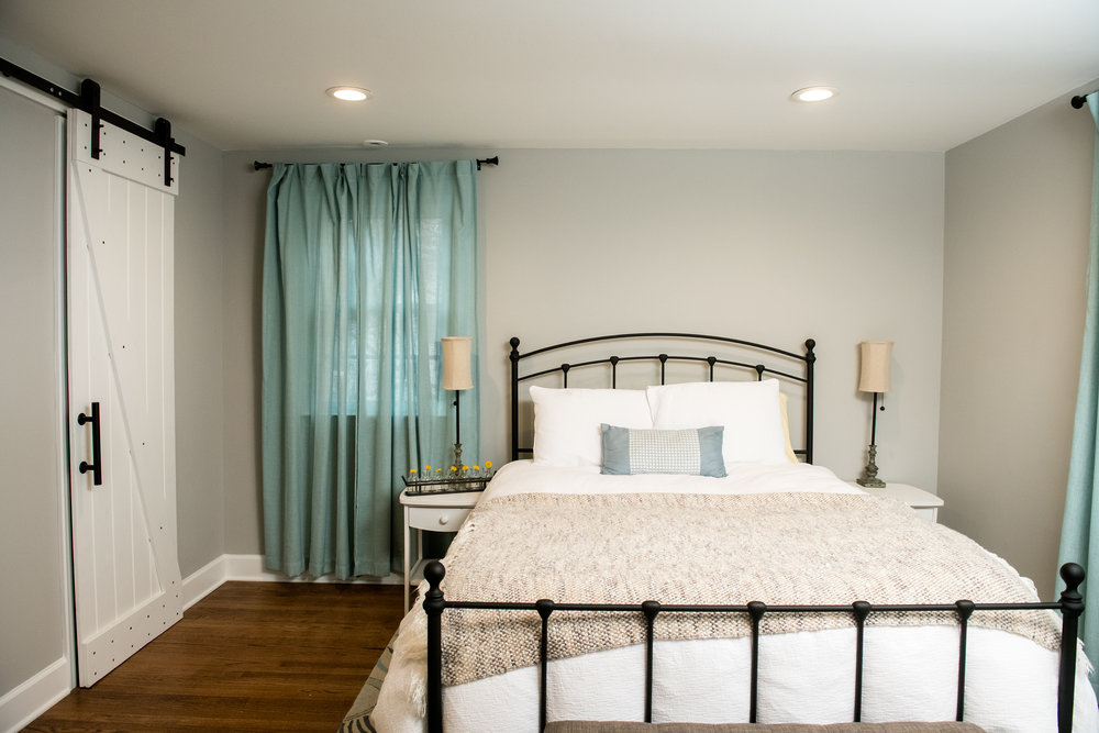21_Master Bedroom.jpg