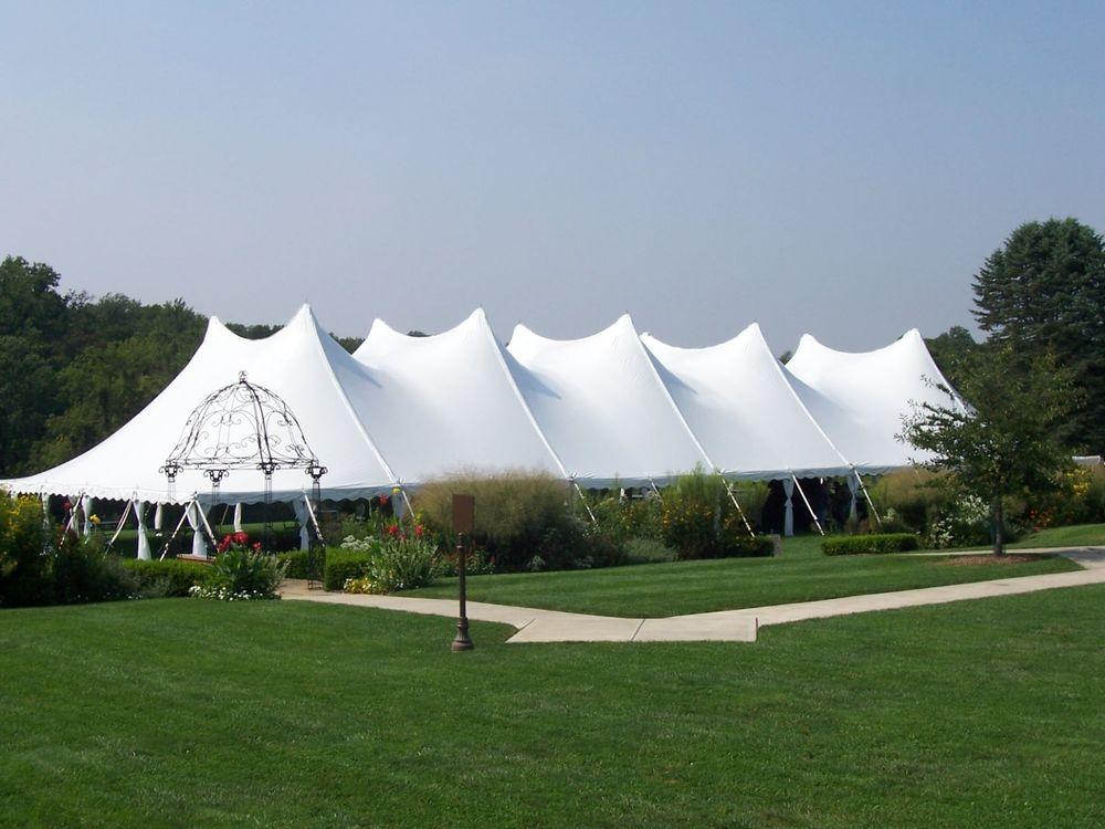Lake+Geneva+Tent+Rentals.jpg