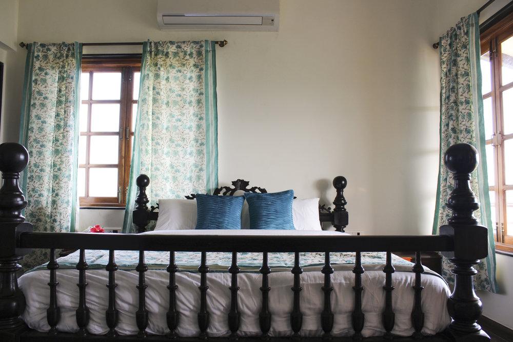 Premium Room -4.jpg