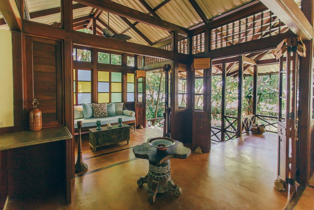 Colorful art and Balinese style architecture in the spacious Master Suites