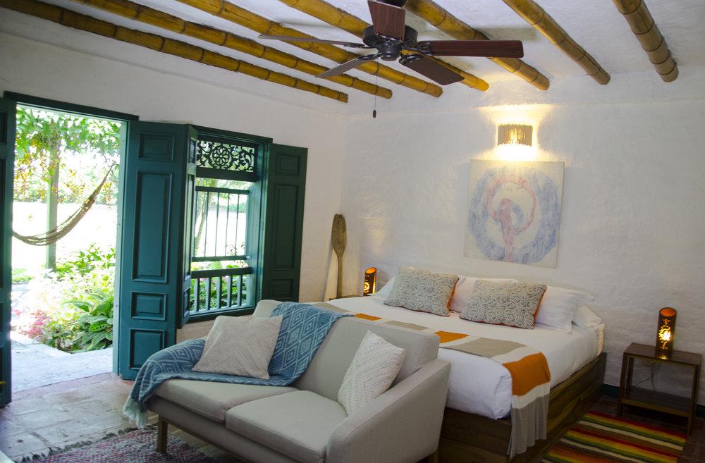 Rooms - Standard (2).jpg