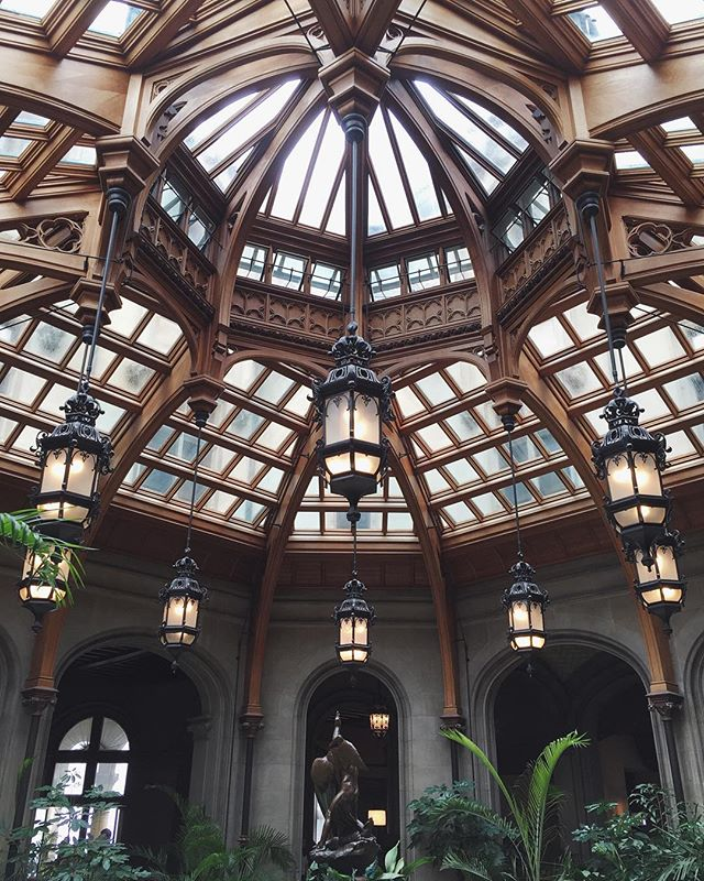 The @BiltmoreEstate is the largest privately owned house in the U.S. and has some beautiful architecture to explore. Take a tour if you're around Asheville, NC and don't let the staff catch you taking pictures in the house! 🙅🏻📷