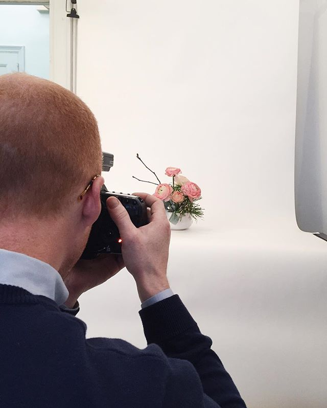 Shooting 🌸 flowers 🌺 at the office today! ✅ shoot the flowers ✅ shoot @lucasroy1 shooting the flowers