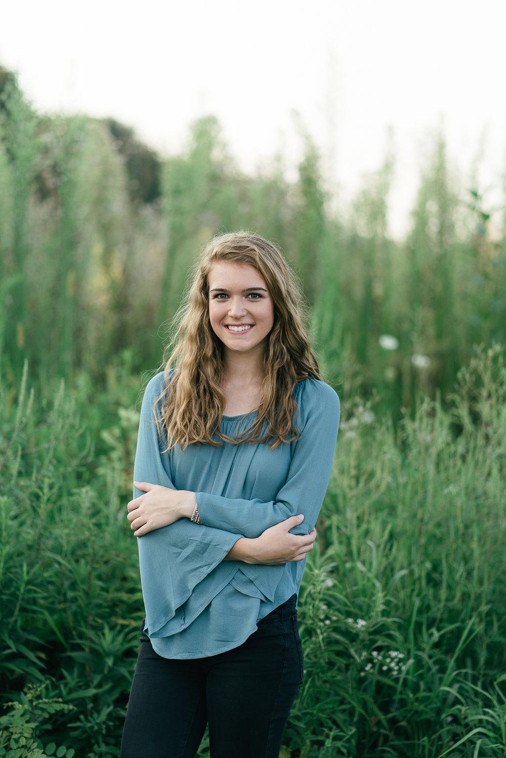 Wisconsin-Senior-Photographer-10.jpg