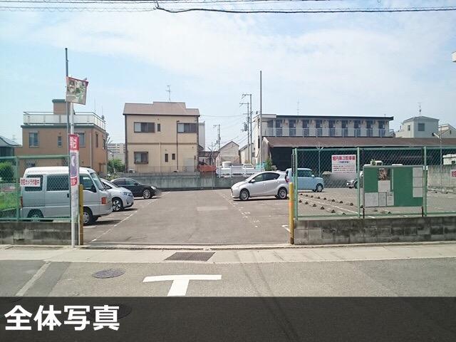 ↑浜田さんの駐車場【堺市北区北花田町2-207 堀内第3駐車場】