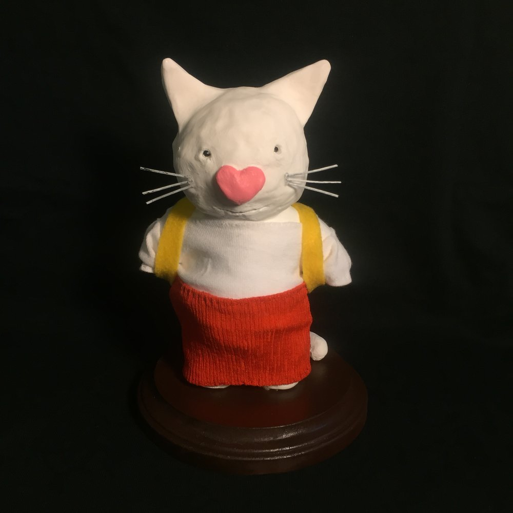 Gigi the White Cat (school clothing)