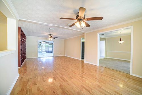 Real Estate Photo Taken With A DSLR