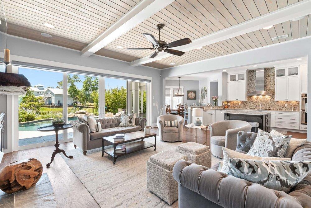 Living room in Nocatee