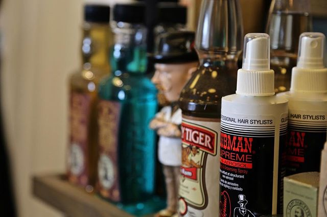 •PRODUCTS• It's kept on the shelf, so you can look after yourself ✌️ #FossanoAndCoBarberShop  #GroomAndZoom #JustDoIt #MensHair  #Products #Reuzel #ClubmanSupreme #BarberLife  #BarberGang #Scumbags  #UppercutDeluxe