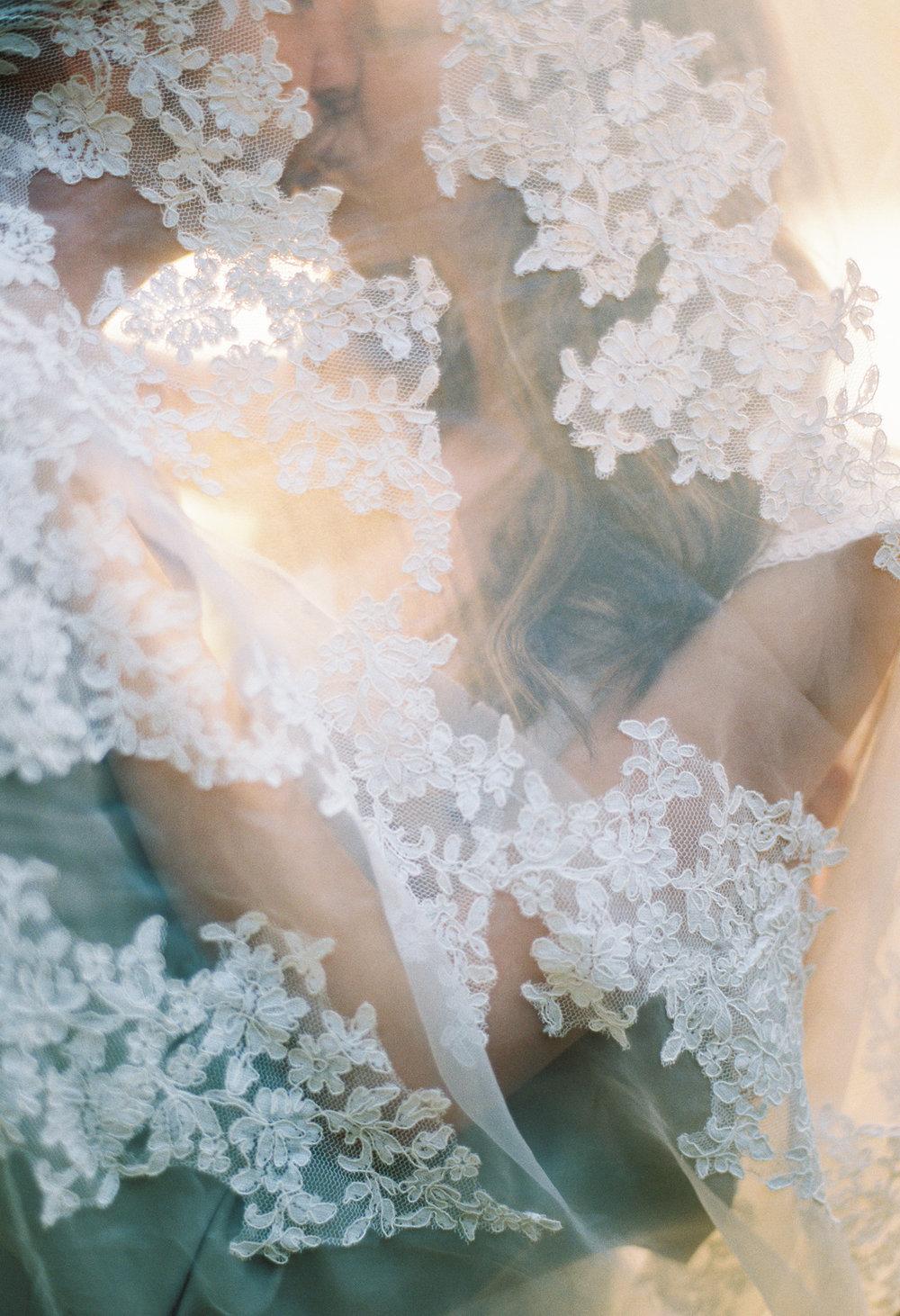 Catie Scott Studio Wedding photographer1-8.jpg