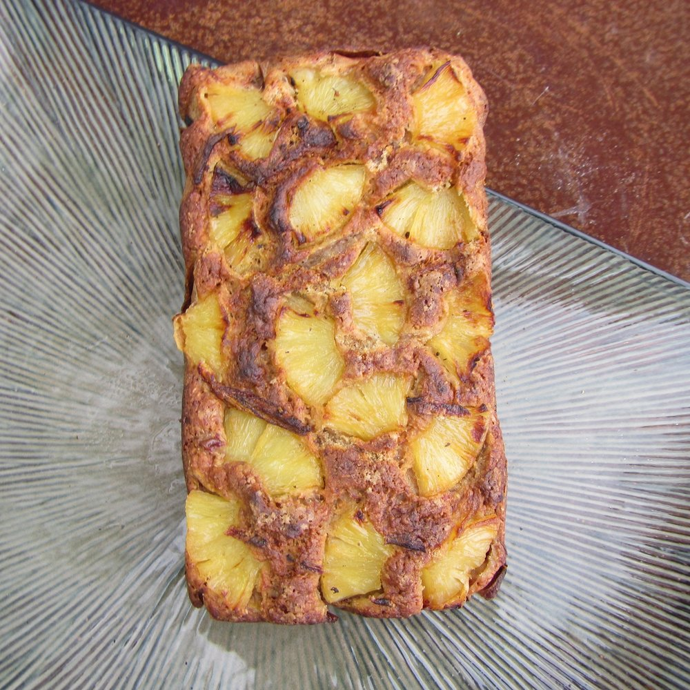 PINEAPPLE BANANA BREAD -