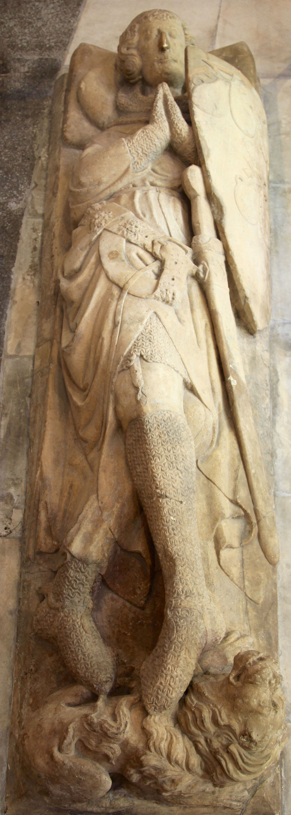 Effigy of a Templar knight in the Temple Church, London