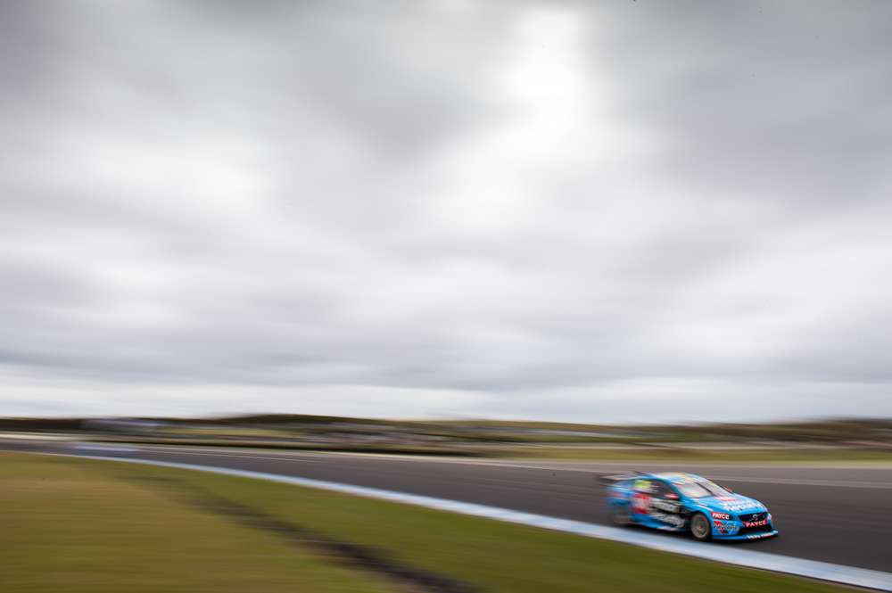V8SCR13_PHILLIPISLAND400_DKIMG2658 LOW RES.JPG
