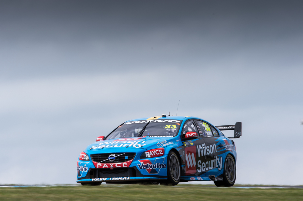 V8SCR13_PHILLIPISLAND400_DKIMG3866 LOW RES.JPG